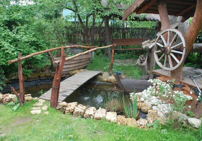 Уголок садового участка в стиле кантри