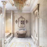 Красивая ванная комната с классическими колоннами