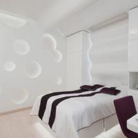 Интерьер белой спальни в стиле хай-тек