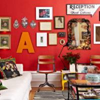 Декорирование красной стены своими руками