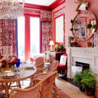 Деревянная мебель в красной гостиной