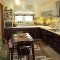 Освещение кухни в загородном доме
