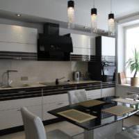 Черно-белый гарнитур в интерьере кухни
