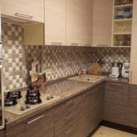 Керамическая мозаика на кухонном фартуке