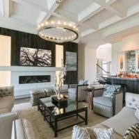 Белый потолок с балками из полипропилена