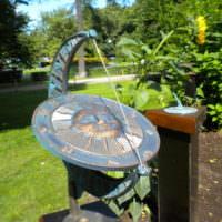 Солнечные часы как малая архитектурная форма для сада
