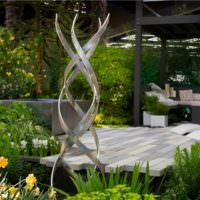 Композиция из металла для украшения сада