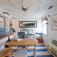 Картины на морскую тематику в интерьере гостиной
