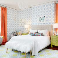 Морковные занавеси в спальни частного дома