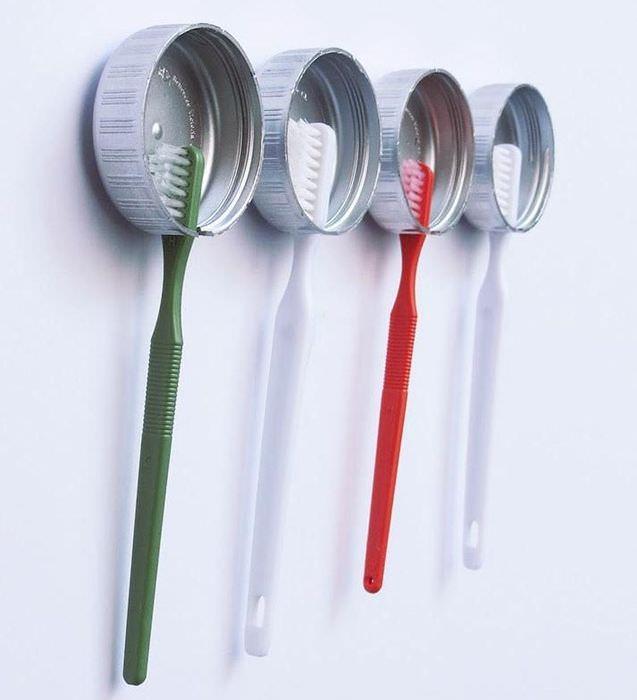 Самодельные подвески для зубных щеток