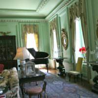Классический интерьер гостиной в мятном цвете