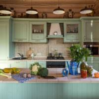 Кухня в стиле прованс с гарнитуром мятного цвета