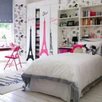Нотки Парижа в интерьере комнаты для девочки