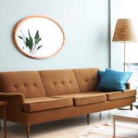 Дизайн-проект гостиной с коричневым диваном