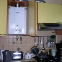 Фото газового котла, встроенного в мебельный шкаф