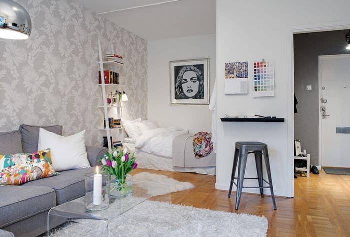 Легкая атмосфера уюта в однокомнатной квартире
