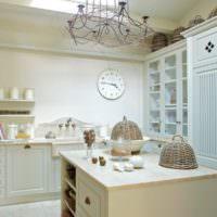 Белый цвет в оформлении кухонного пространства