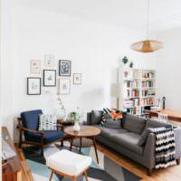Уютное место для отдыха в кухне-гостиной
