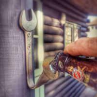Открывашка для бутылок из гаечного ключа