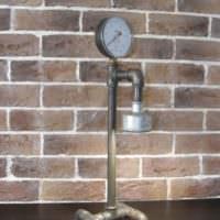 Декор из сантехнических труб для оформления интерьера в стиле лофт