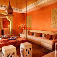 Оттенки оранжевого цвета в восточной комнате
