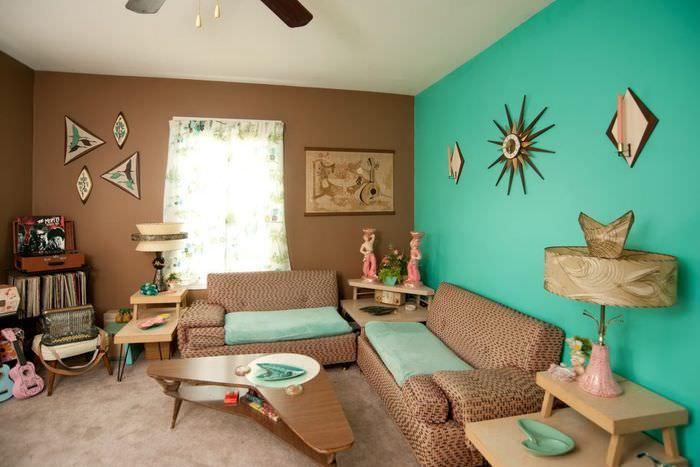Дизайн детской комнаты с мятным и коричневым цветами