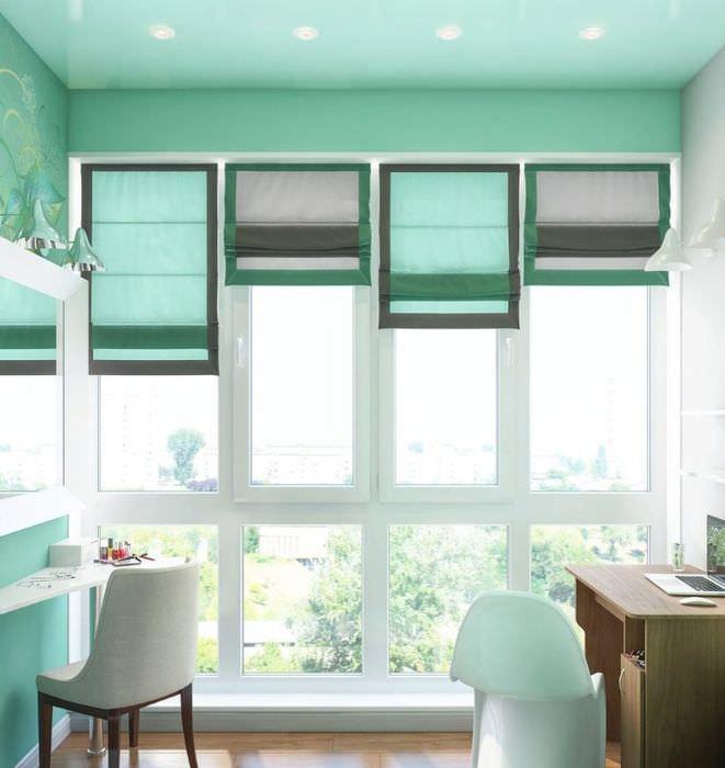 Оформление окна современной комнаты шторами мятного цвета