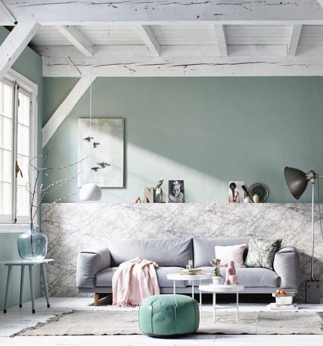 Интерьер гостиной в стиле прованс с мятнвми оттенками