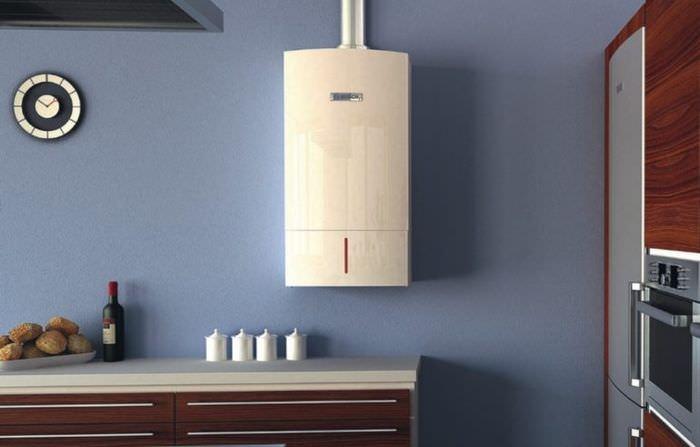 Открытый газовый котел в интерьере кухни