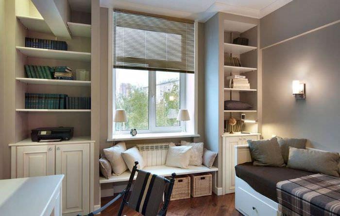Мебель серого оттенка в комнате подростка