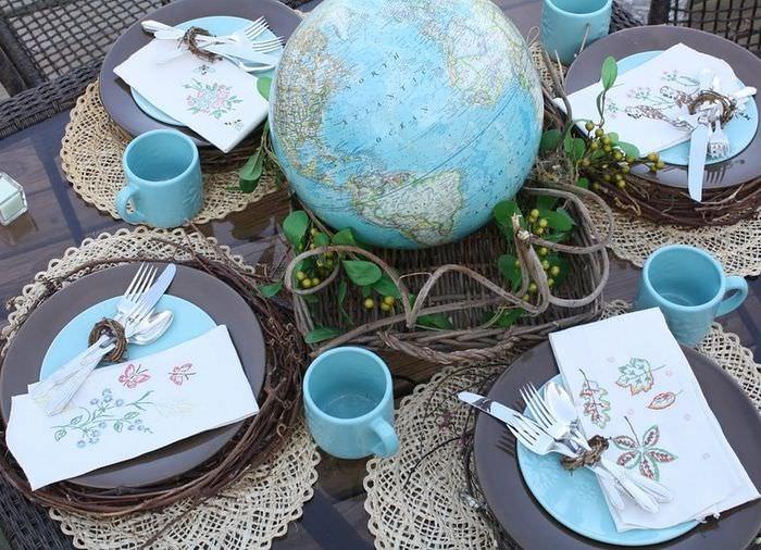 Сервировка кухонного стола в морской тематике