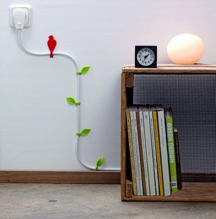 Декорирование электрического провода своими руками