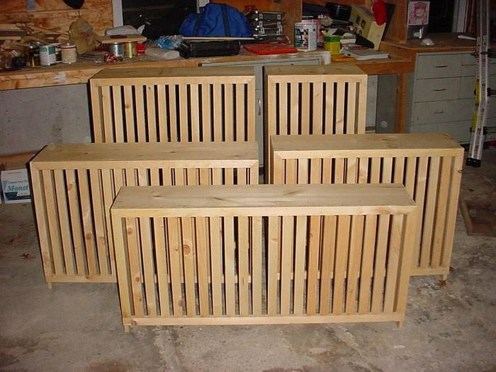 Экраны для батареи из деревянных реек