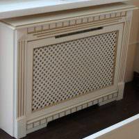 Декоративный короб для радиатора отопления с имитацией каминного портала