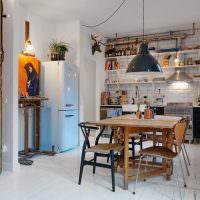 Раскладной обеденный стол в интерьере небольшой квартиры