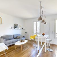 Зонирование квартиры-студии линией разметки