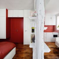 Красно-белая квартира-студия