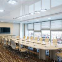 Стильное оформление переговорной комнаты