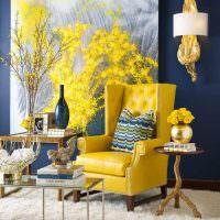 Золотистый цвет в декоре жилой комнаты