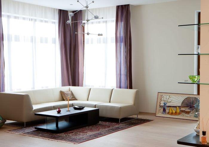 Дизайн угловой гостиной с элементами японского стиля