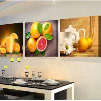Яркие картины с фруктами над обеденным столом