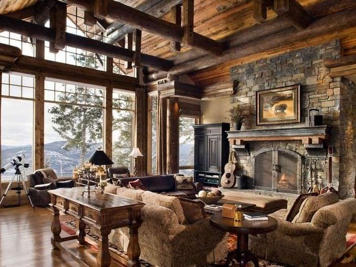 Большое панорамное окно в гостиной деревянного дома