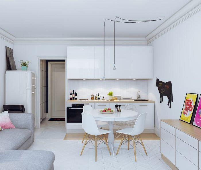 Обеденная зона в квартире-студии 25 квадратов