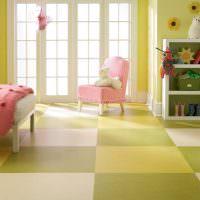 Пол из мармолеума в детской комнате для девочки
