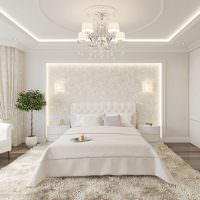 Серый пол в белой спальне