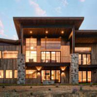 Опоры для крыши из природного камня