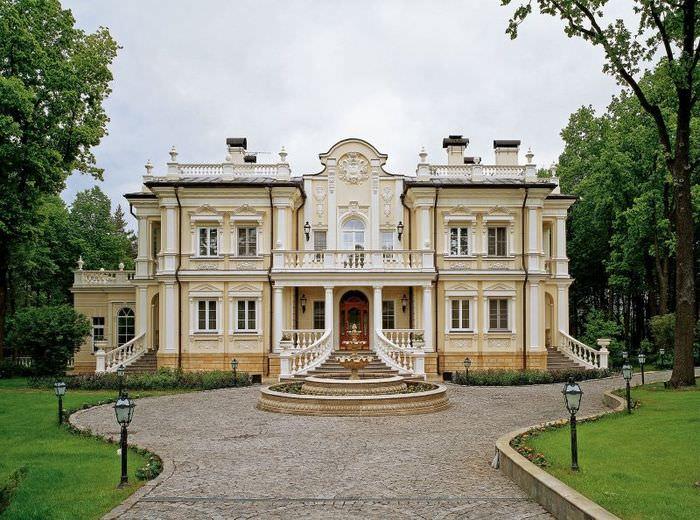 Загородный дом в стиле барокко