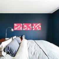 Модульная картина на темной стене