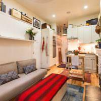 Интерьер узкой комнаты в квартире-студии