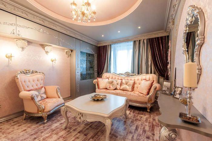 Освещение гостиной в стиле барокко